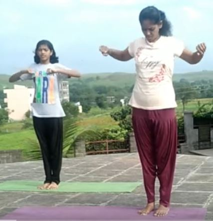 3 ways simple yoga helps you stay fit on the move updated